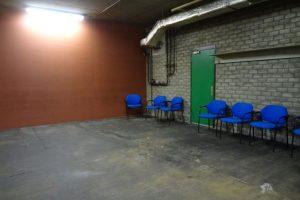 Annemarie van Hooff 'Blauwe stoelen'