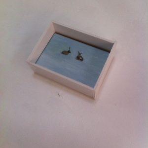 Annemarie-van-Hooff--Voorrjaarscollectie-Blauwe-haasjes-2-